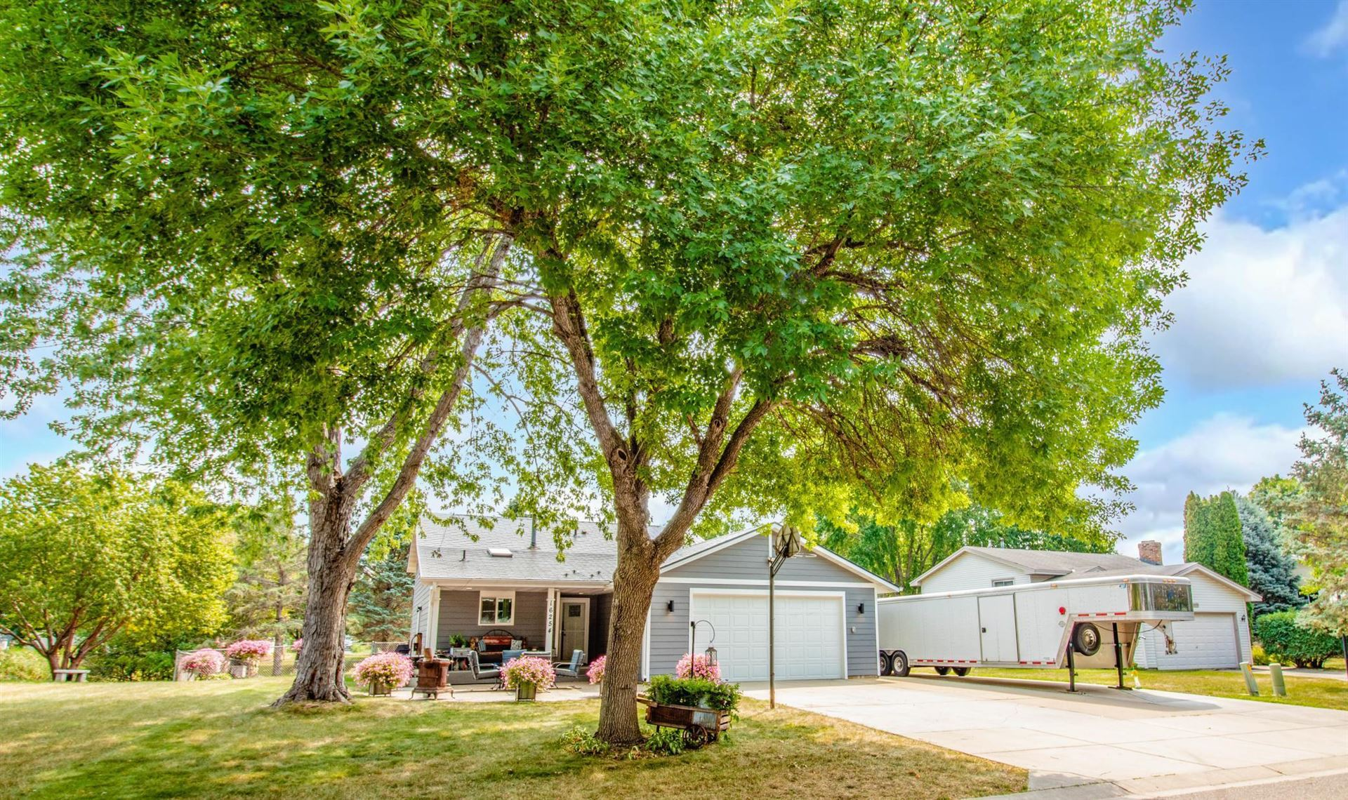 Photo of 16254 Fantasia Avenue, Lakeville, MN 55068 (MLS # 6074079)