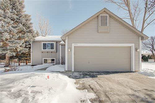 Photo of 20890 India Avenue, Lakeville, MN 55044 (MLS # 5483081)
