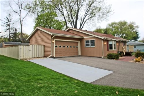 Photo of 722 Navajo Lane, Mendota Heights, MN 55120 (MLS # 5568081)