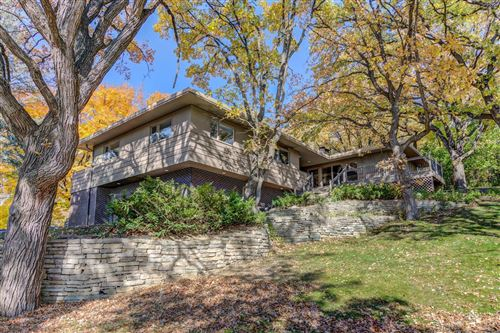 Photo of 7121 Schey Drive, Edina, MN 55439 (MLS # 5673088)