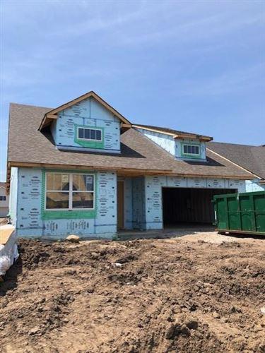Photo of 17329 Elkwood Avenue, Lakeville, MN 55044 (MLS # 5620090)