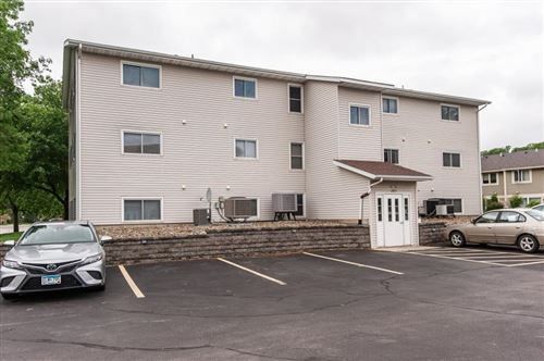 Photo of 1811 Greenfield Lane SW #8, Rochester, MN 55902 (MLS # 5574091)