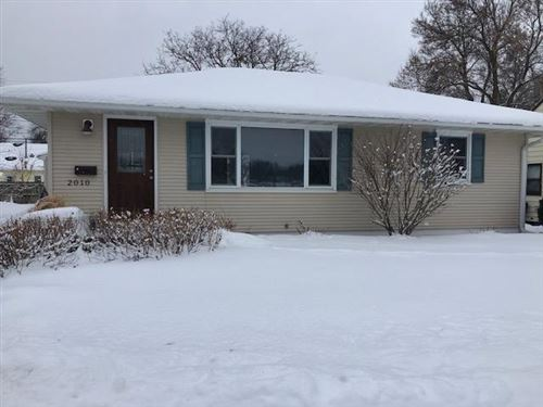 Photo of 2010 16 1/2 Street NW, Rochester, MN 55901 (MLS # 5434092)