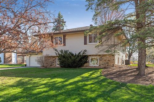 Photo of 2796 Aglen Street, Roseville, MN 55113 (MLS # 5742092)