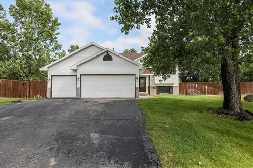 Photo of 4492 374th Court, North Branch, MN 55056 (MLS # 5609096)