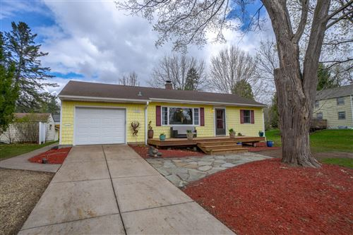 Photo of 1112 Oak Street W, Stillwater, MN 55082 (MLS # 5741096)