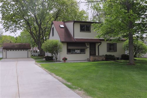 Photo of 3810 McKnight Road N, White Bear Lake, MN 55110 (MLS # 5758107)