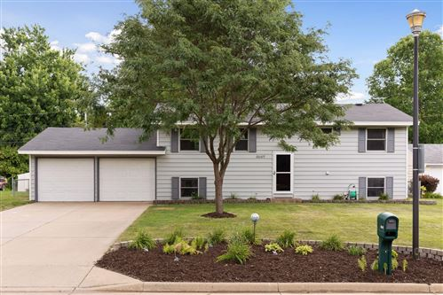Photo of 8649 Inman Avenue S, Cottage Grove, MN 55016 (MLS # 5631109)