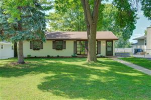 Photo of 1605 Flag Avenue N, Golden Valley, MN 55427 (MLS # 5327118)