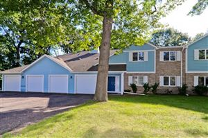 Photo of 140 Galtier Place, Shoreview, MN 55126 (MLS # 5003126)