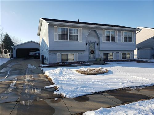 Photo of 4805 25th Avenue NW, Rochester, MN 55901 (MLS # 5698138)