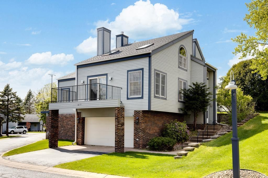 615 Hickory Road, Hudson, WI 54016 - MLS#: 5431149