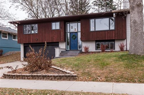 Photo of 2221 22nd Street NW, Rochester, MN 55901 (MLS # 5334161)