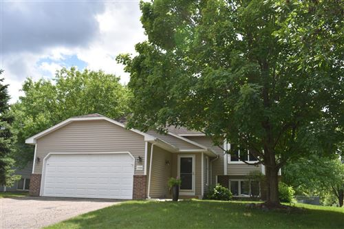 Photo of 17529 Rustic Hills Drive, Eden Prairie, MN 55346 (MLS # 5625161)
