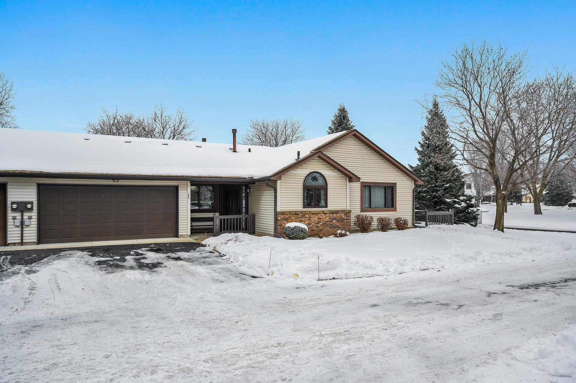 586 Donegal Circle, Shoreview, MN 55126 - MLS#: 5699165