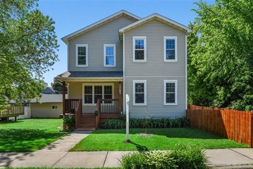 Photo of 1067 Oxford Street N, Saint Paul, MN 55103 (MLS # 5572171)