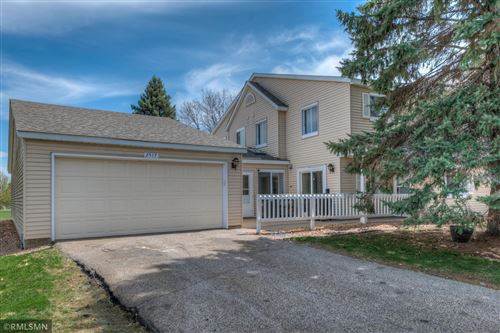 Photo of 2517 Wimbledon Place, Woodbury, MN 55125 (MLS # 5740182)