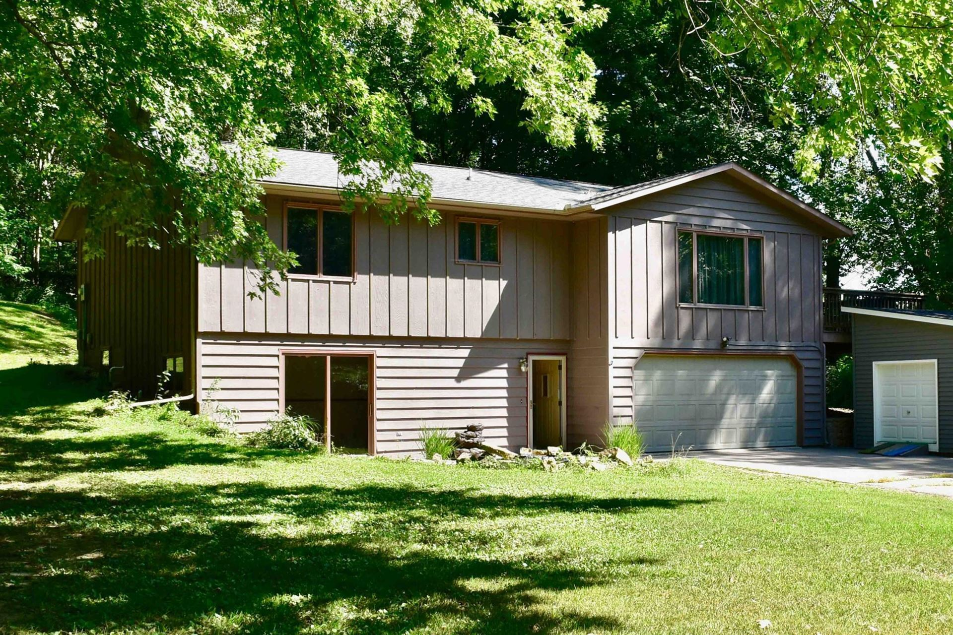1375 Grandview Court, Goodview, MN 55959 - MLS#: 5645187