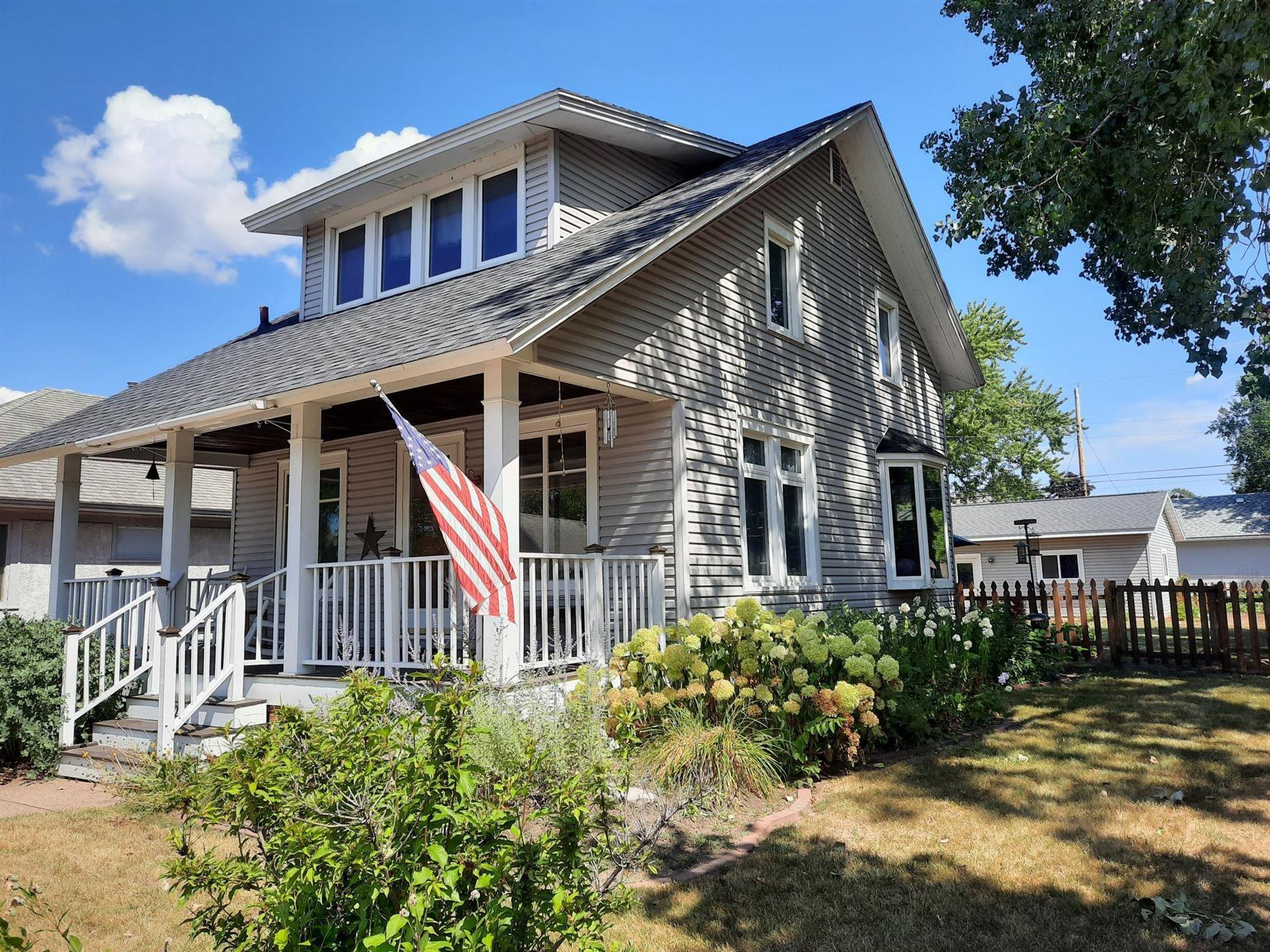 328 E 10th Street, Winona, MN 55987 - MLS#: 5636189