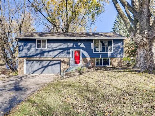 Photo of 11104 Oak Knoll Terrace S, Minnetonka, MN 55305 (MLS # 5675190)