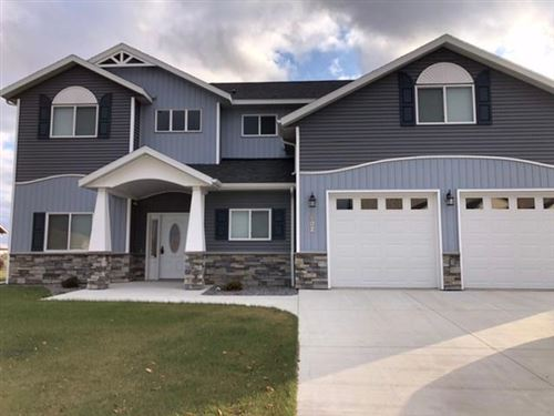 Photo of 902 Sunrise Boulevard, Redwood Falls, MN 56283 (MLS # 5247192)