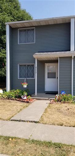 Photo of 403 Robert Street S, Saint Paul, MN 55107 (MLS # 6074192)
