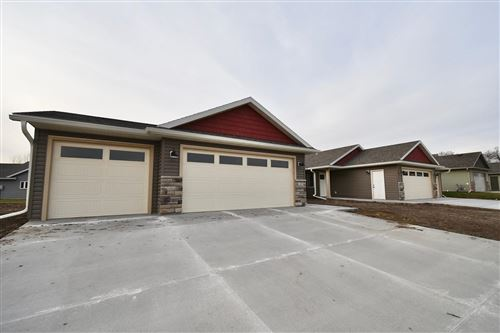 Photo of 147 Highlands Circle, Zumbrota, MN 55992 (MLS # 5677197)