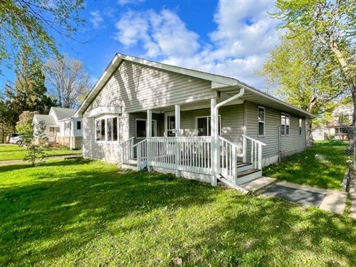 Photo of 1960 Clarence Street, Maplewood, MN 55109 (MLS # 5755208)