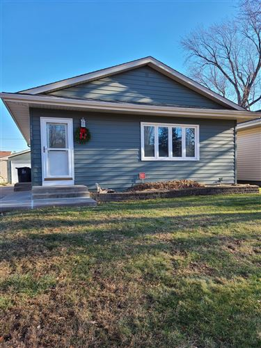 Photo of 1266 Clark Street, Saint Paul, MN 55130 (MLS # 5717222)