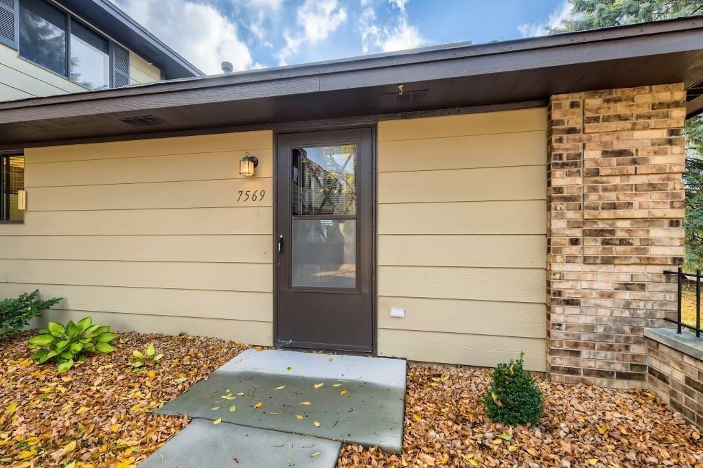 Photo of 7569 Villa Court, Eden Prairie, MN 55346 (MLS # 6113224)