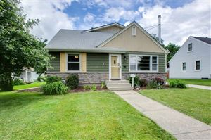 Photo of 1035 California Avenue W, Saint Paul, MN 55117 (MLS # 5243244)