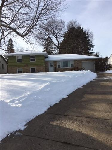 Photo of 660 23rd Avenue NW, New Brighton, MN 55112 (MLS # 5296244)