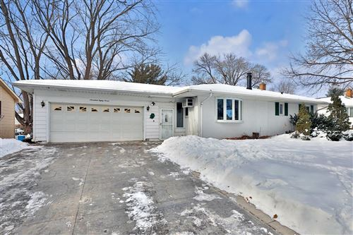 Photo of 1787 Ide Street, Maplewood, MN 55109 (MLS # 5705258)