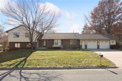 Photo of 832 Cheri Lane, Mendota Heights, MN 55120 (MLS # 5683264)