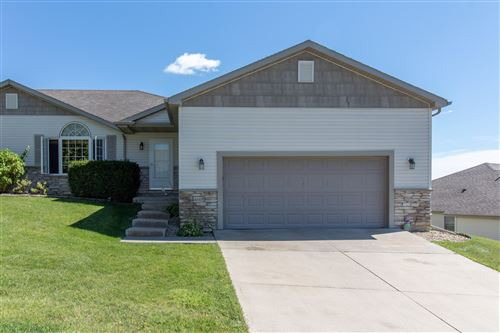 Photo of 4605 Prairie View Place NW, Rochester, MN 55901 (MLS # 5651273)