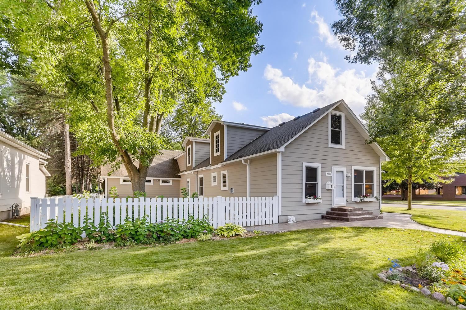 2084 4th Street, White Bear Lake, MN 55110 - MLS#: 5643274