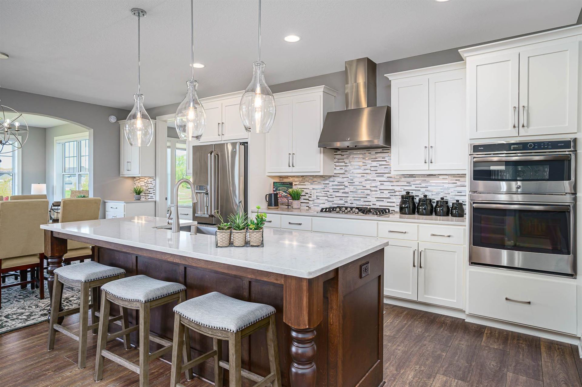 Photo of 16521 Duluth Trail, Lakeville, MN 55044 (MLS # 5756274)