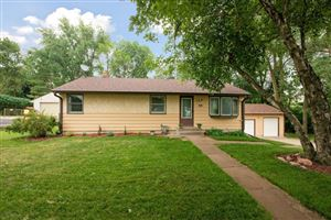 Photo of 2642 Victoria Street N, Roseville, MN 55113 (MLS # 5260286)