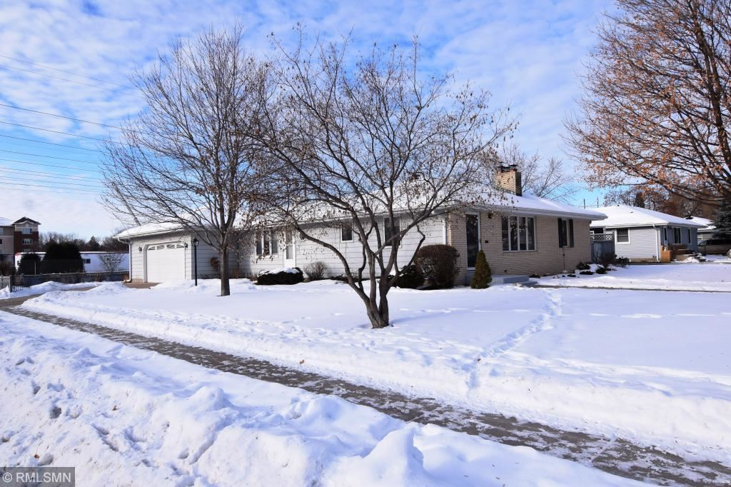 8748 Columbus Avenue S, Bloomington, MN 55420 - MLS#: 5351287