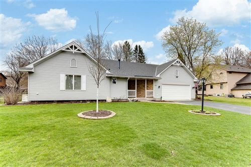 Photo of 325 Oday Street S, Maplewood, MN 55119 (MLS # 5738291)