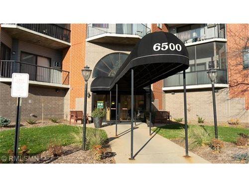 Photo of 6500 Woodlake Drive #910, Richfield, MN 55423 (MLS # 5754295)