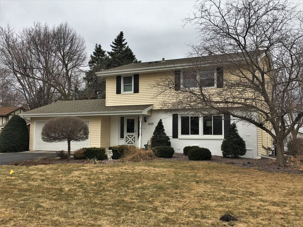 Photo for 3025 Cavell Avenue N, New Hope, MN 55427 (MLS # 5542304)