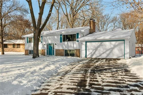 Photo of 5532 W 104th Street, Bloomington, MN 55437 (MLS # 5430313)