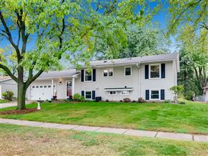 Photo of 893 Whitney Drive, Apple Valley, MN 55124 (MLS # 5290325)