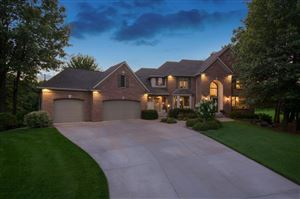 Photo of 9 Peterson Place, North Oaks, MN 55127 (MLS # 5024326)