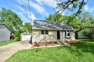 Photo of 2214 2nd Avenue SW, Rochester, MN 55902 (MLS # 5574345)