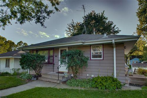 Photo of 3052 Oregon Avenue S, Saint Louis Park, MN 55426 (MLS # 5665349)