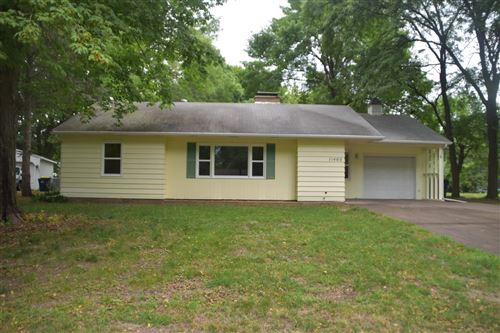 Photo of 11460 Lakeview Road, Chisago City, MN 55013 (MLS # 6073354)
