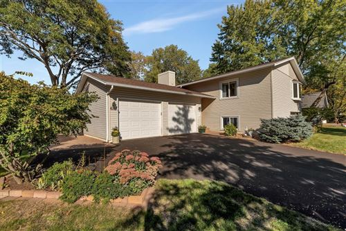 Photo of 6361 Whispering Oaks Drive, Eden Prairie, MN 55346 (MLS # 6105357)