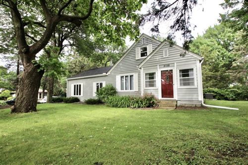 Photo of 2158 Lexington Avenue S, Mendota Heights, MN 55120 (MLS # 5556362)
